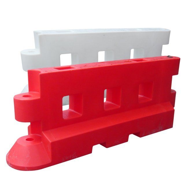 Oaklands Plastics Pack (2) GB2 Heavy Duty Barriers, 2 Metre,  Red and White